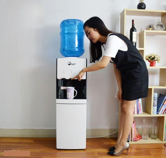 Cây nước nóng lạnh FujiE WDBD20E Làm nóng, làm lạnh hiệu quả